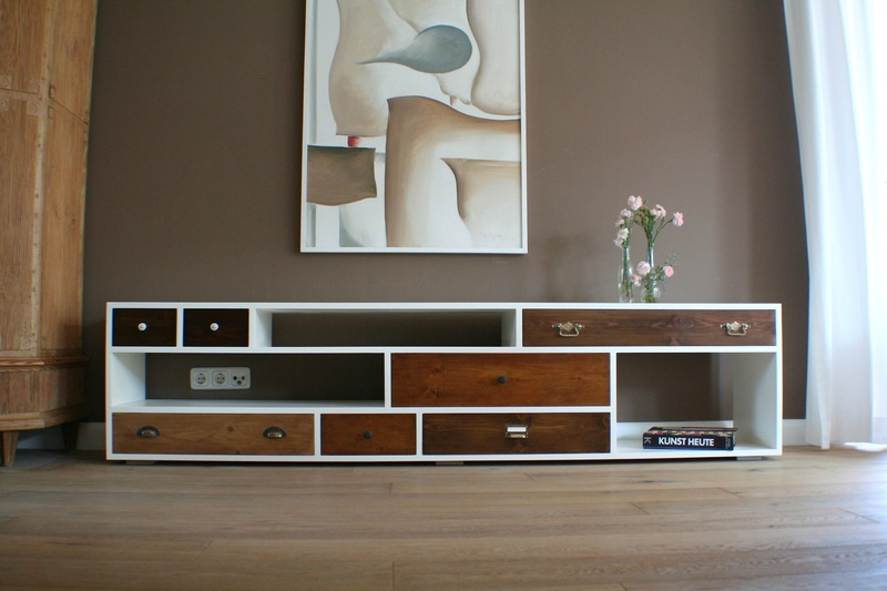 design m bel wie sideboards tische b nke und lampen aus altem holz. Black Bedroom Furniture Sets. Home Design Ideas