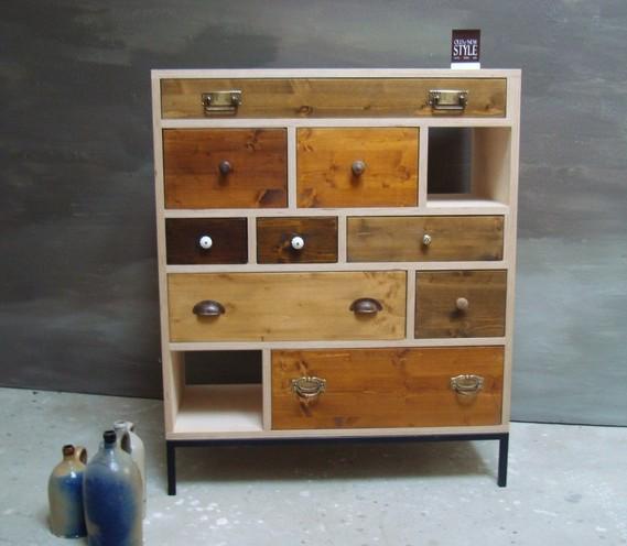 Schubladen Möbel Handveredelt Mit Einem Antik Look