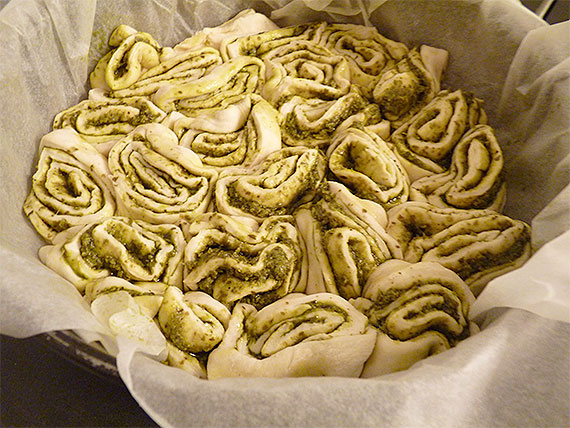 Pestobrot backen