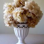 Papierblumen basteln als filigrane und dauerhafte Dekoration