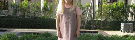 Kinderkleidung vom Designer voller Stil und Eleganz
