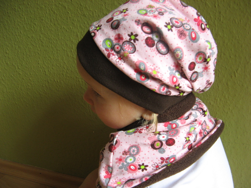 Farbenfrohe Beanies für Baby und Kind