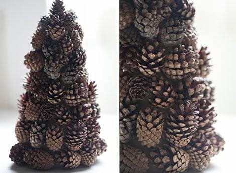 Baum aus Tannenzapfen für die kreative Tischdekoration zu Weihnachten