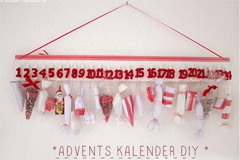 Wäscheklammern am Adventskalender