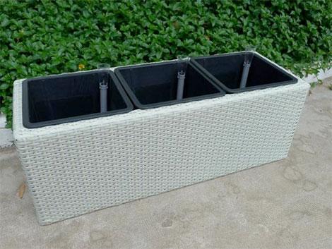 pflanzk bel aus polyrattan sind sehr robust pflegefrei. Black Bedroom Furniture Sets. Home Design Ideas