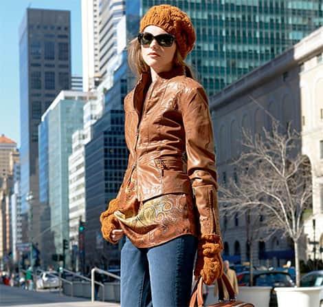 Damen-Lederjacken in schönen Trendfarben
