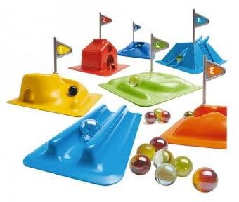spielzeug zauberhaft farbenfroh gestaltet und mit positivem lerneffekt. Black Bedroom Furniture Sets. Home Design Ideas
