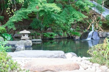 Im Japangarten treffen die vier Elemente aufeinander