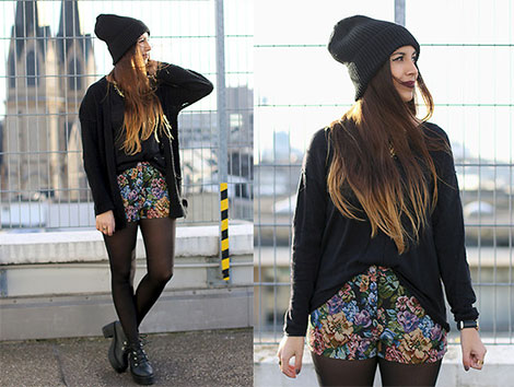 Shorts mit Blumendruck