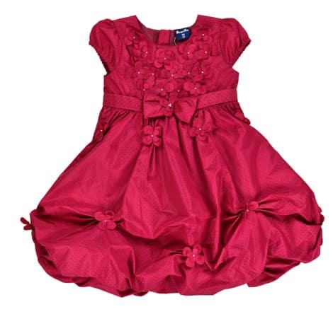 Kleid von Pampolina mit romantischen Details wie Blüten und Strass