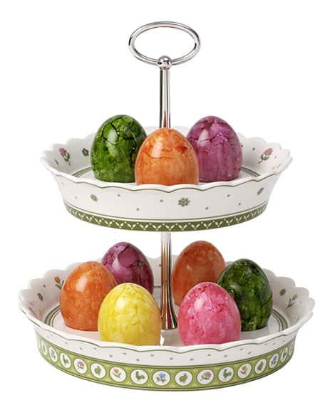 Zweistöckige Eier-Etagère