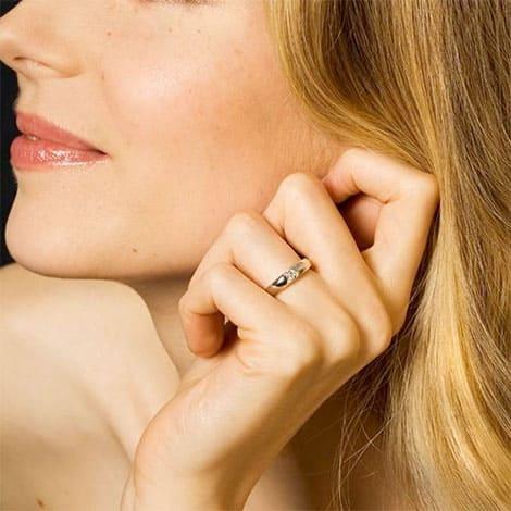Trauringe mit Diamant online selbst entwerfen