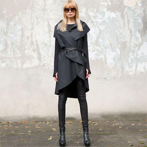 Edel kombiniert: Mantel und Lederhose© Daggi S.