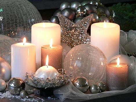 Weihnachtlich dekorieren ideen f r tisch wand und raum for Vase weihnachtlich dekorieren