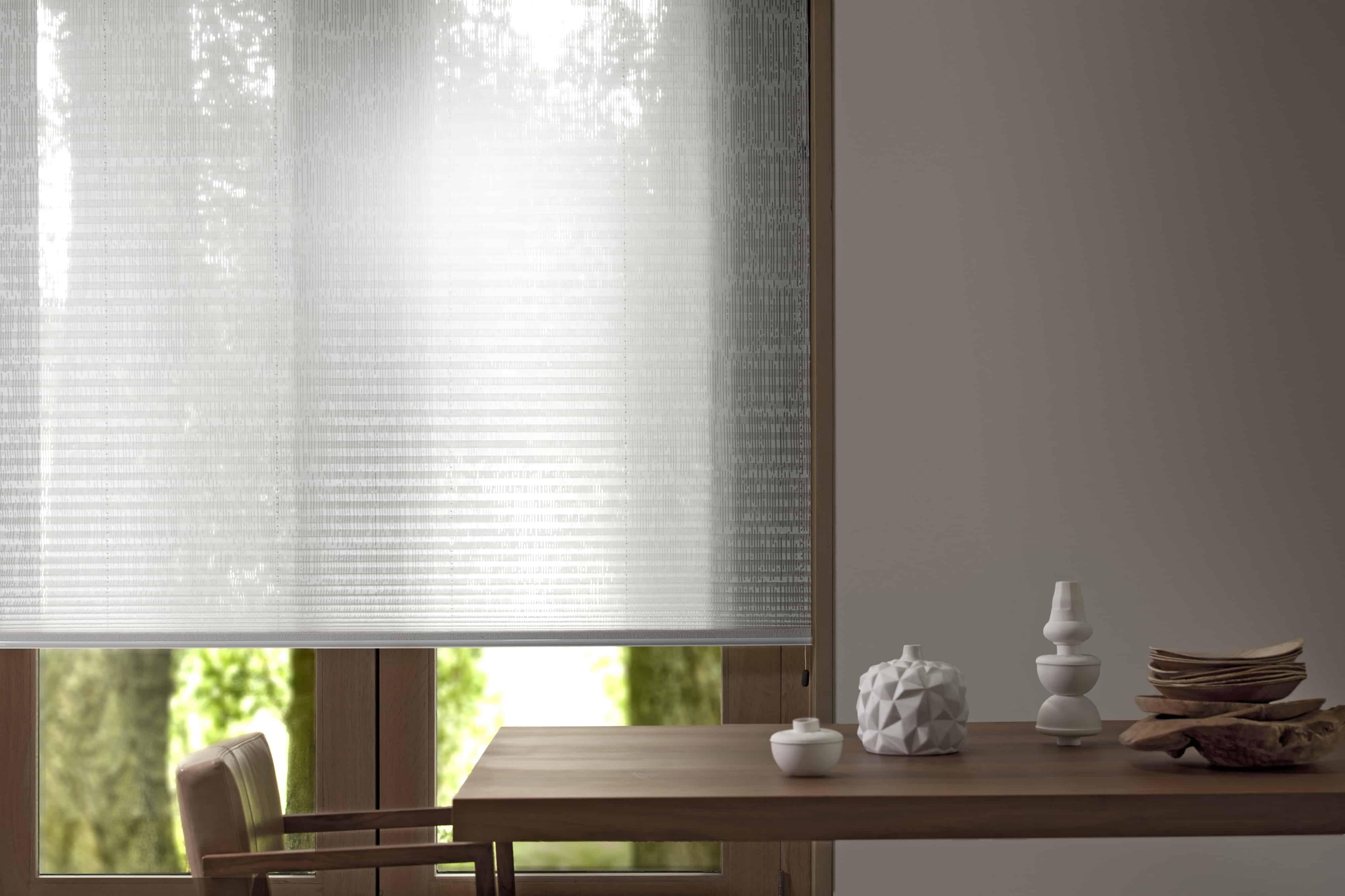 Stilvoller Sonnenschutz im Haus