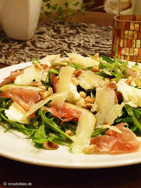 Rucola-Salat mit Feigen und Mozzarella
