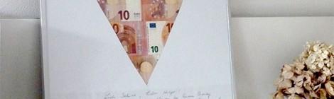 Geldgeschenke originell verpacken - Scheine im Herzpassepartout