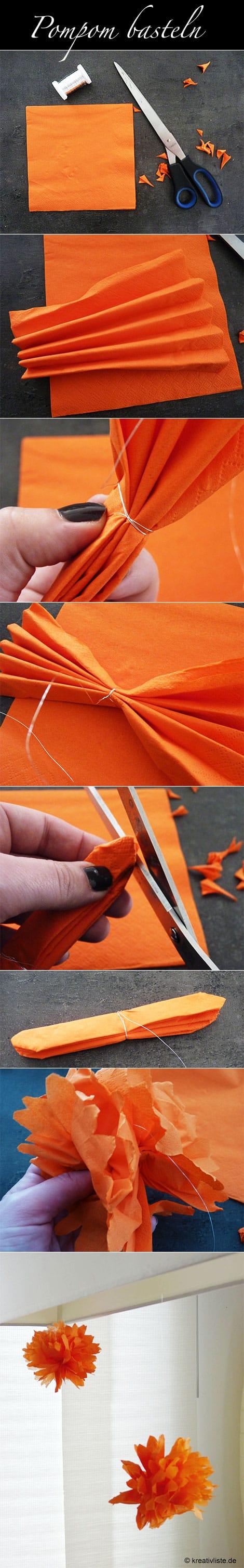 Pompoms basteln mit einer Papierserviette