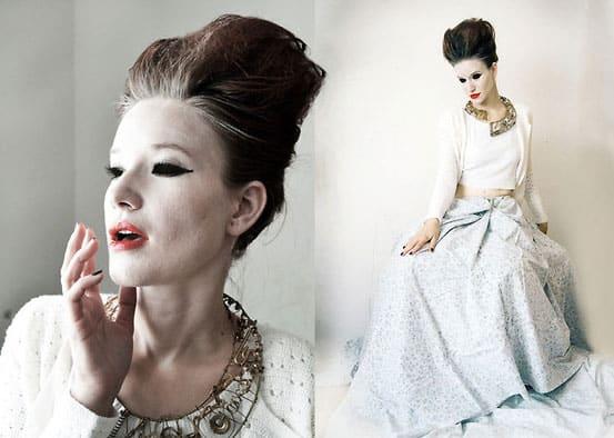 Königin des Albtraums ganz in Weiß