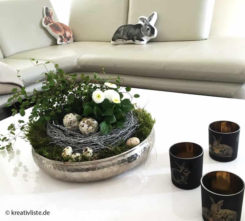 schnelle osterdekoration mit moos und bellis kreativliste. Black Bedroom Furniture Sets. Home Design Ideas