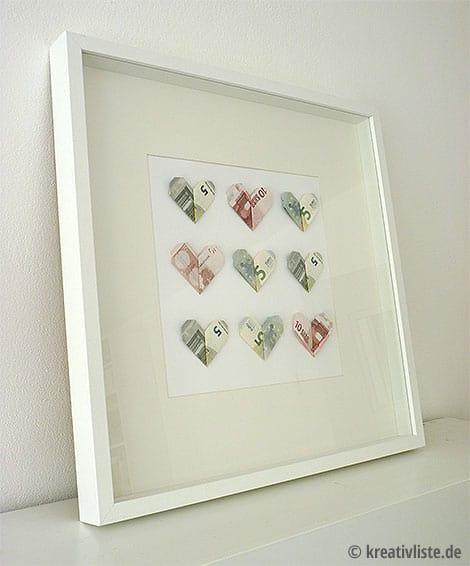 Geldgeschenk zur Hochzeit - DIY Geldscheine in Herzform
