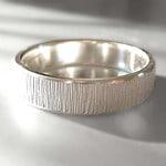 herrenring silber 150x150 - Eheringe vom Goldschmied: kreativ und einzigartig