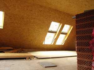Die Dämmung muss beim Dachausbau mit Fenster unbedingt bedacht werden