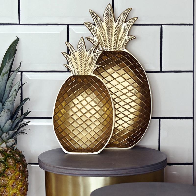Ananas Schale goldfarben