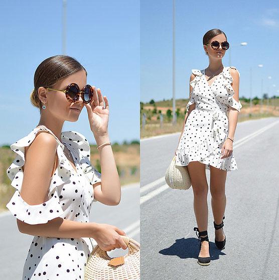 Herrlich sommerlich sehen Espadrilles zu Kleidern aus
