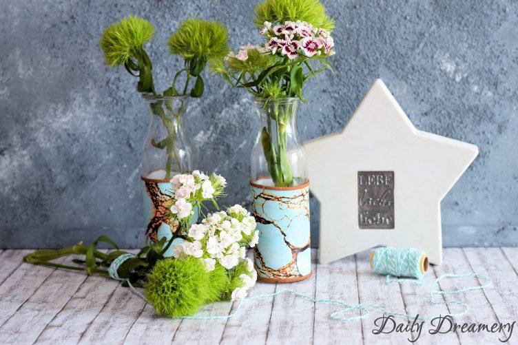 Vase DIY mit klebender Folie