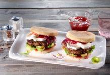Hamburger mit Ziegenkäse