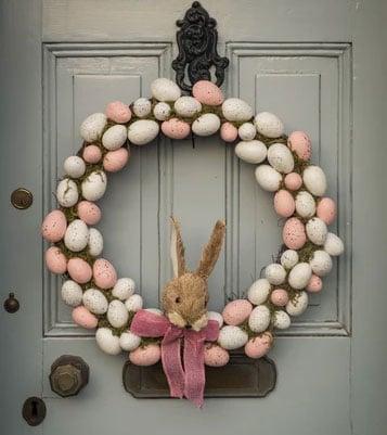 Frühlingskranz mit Eiern
