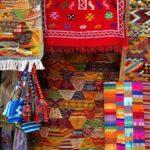 Gewürztöne und leuchtende Farben repräsentieren den Orient