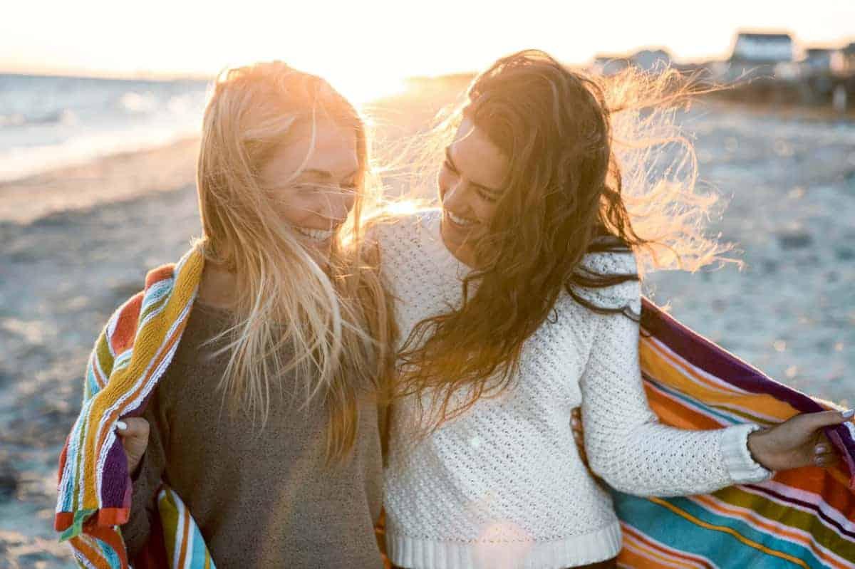 Glücklicher sein im Alltag funktioniert nur, wenn man mit sich zufrieden ist